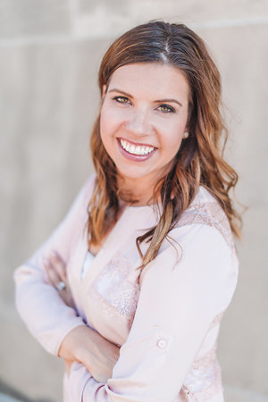 Lindsay Howes kc wedding planner