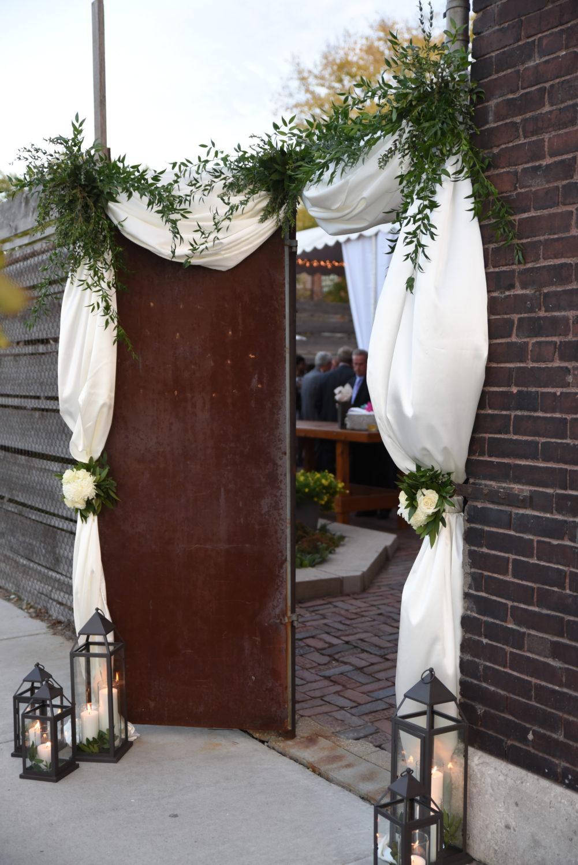 lantern wedding decor