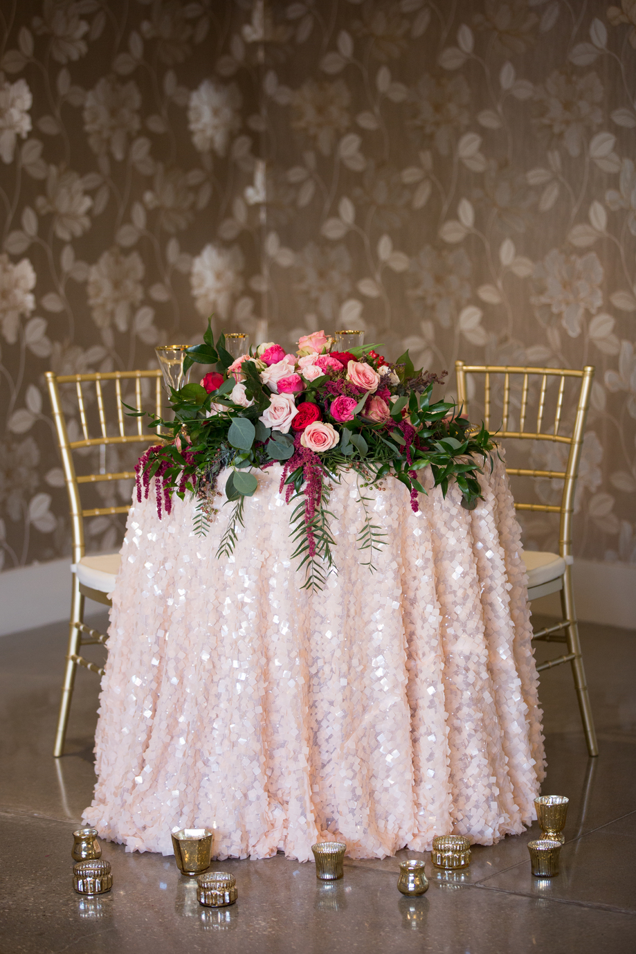 Romantic pink table setting