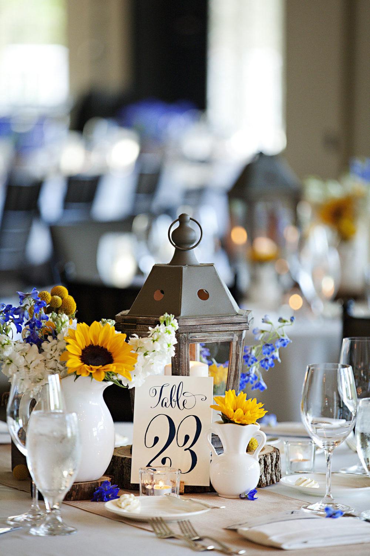 rustic elegant wedding floral Sidelines Floral