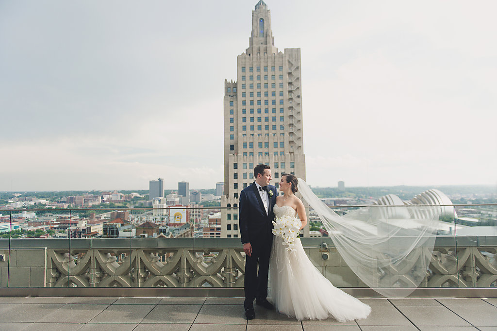 Real Weddings: Michelle + Mike's Modern Brass on Baltimore Wedding